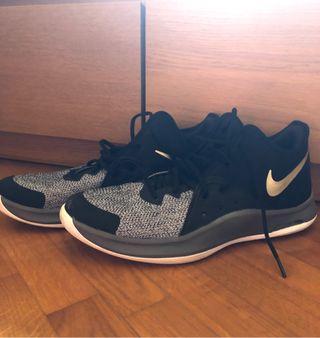 Nike Air AV3 talla 45