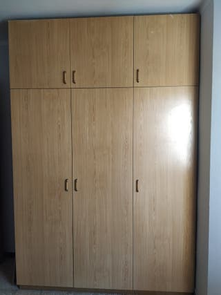 armario 3 puertas.