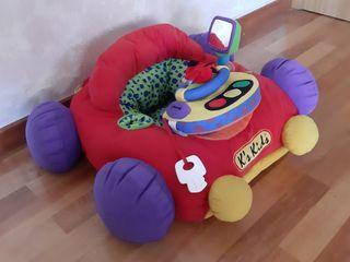 coche de juguete para bebe hecho de tela