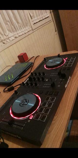 MESA DE DJ, NUMARK MIX TRACK 3