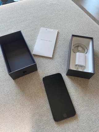 iPhone 8 64Gb - Black Edition