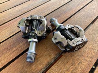 Pedales automáticos Shimano Deore XT