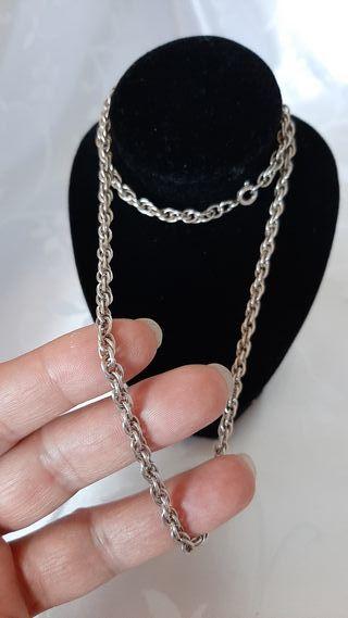 Cordón trenzado salomónico plata maciza 925.
