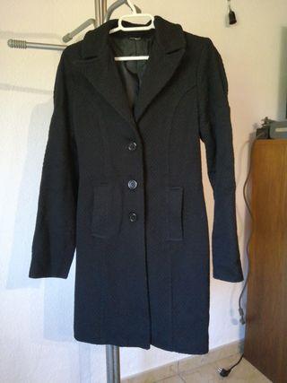 Abrigo negro talla S