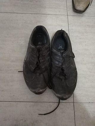zapatillas hombre piel Nike número 42