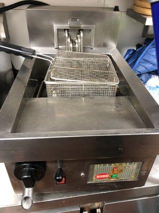 Freidora industrial cocina