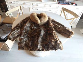 abrigo de piel de conejo y zorro