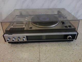 Radio-cassette tocadiscos