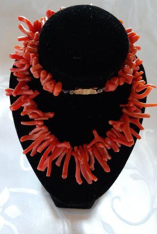 Collar vintage de coral rojo natural de años 1970