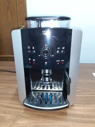Cafetera automática KRUPS