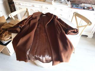 abrigo largo de pura lana virgen