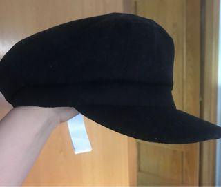 Gorra sombrero stradivarius negro