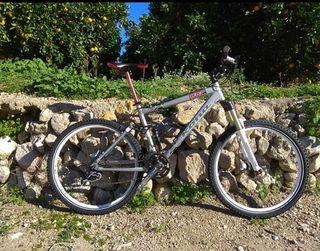 Bicicleta montaña Kona tallaM