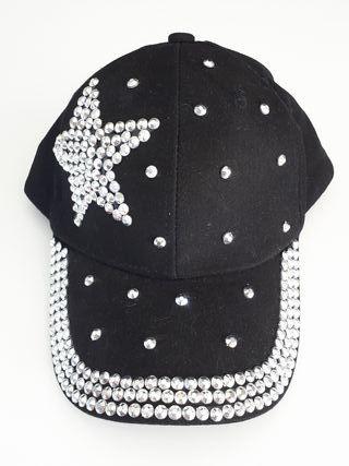 Gorra negra tachuelas plata