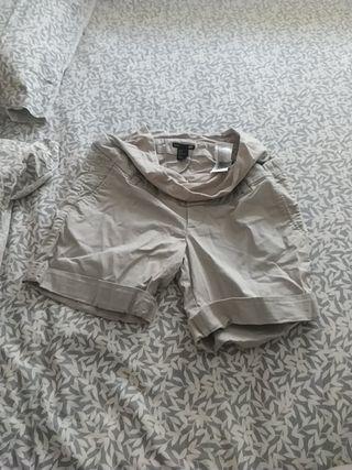 Pantalón corto premamá. Talla 38