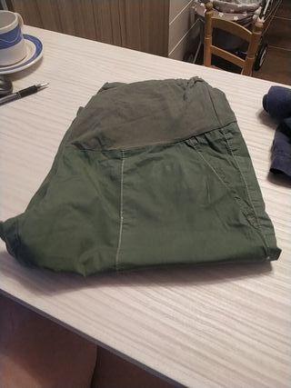 Pantalón corto premamá. Talla 40-42 Prenatal