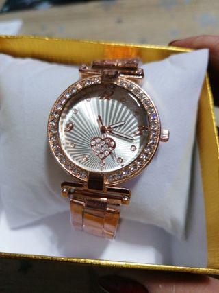 reloj mujer color rosa oro