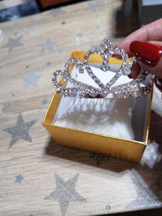 tiara Para velo novia