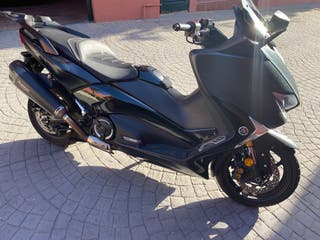 Yamaha T-MAX SX