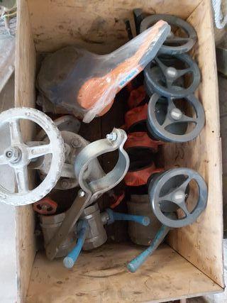 Material de fontaneria ,caldereria