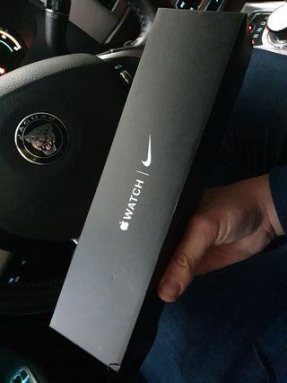apple watch serie 5 Nike 44 GPS + cell