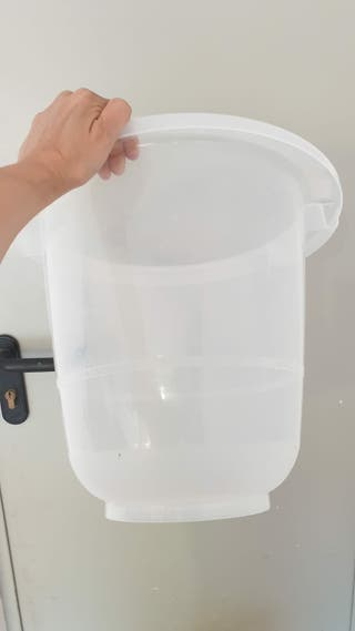 Bañera para bebés marca Tummy Tub