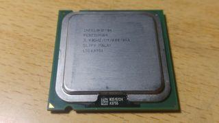 Pentium 4 Velocidad de reloj: 3,4GHz