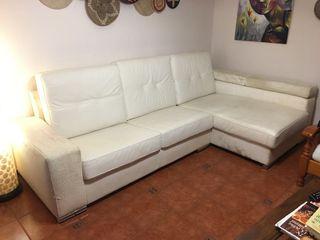 Sofa de piel y polipiel
