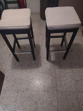 sillas con sus cojines
