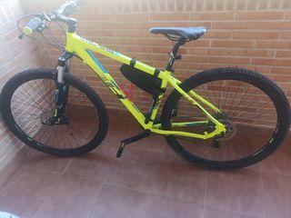 vende bicicleta BH Talla L