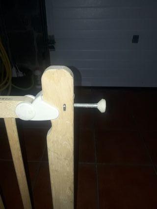 Puertas para escalera de madera
