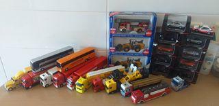 Lote de vehículos a escala 1:87