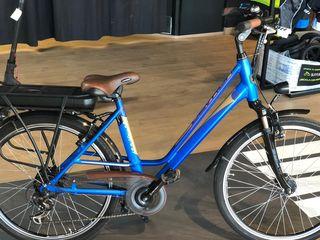 Bicicleta Eléctrica de paseo Devron AZUL