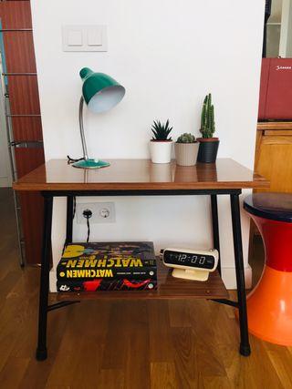 Mesa auxiliar vintage formica
