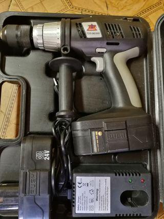 taladro 2 baterías 24v
