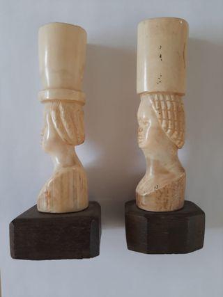 figura de Marfil tallada