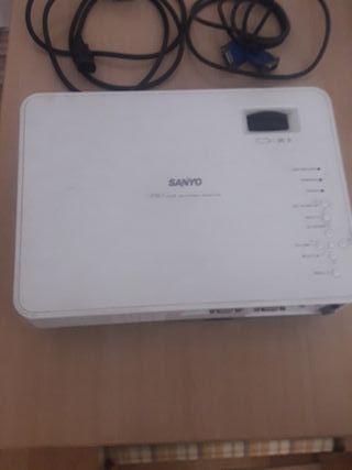 proyector Sanyo