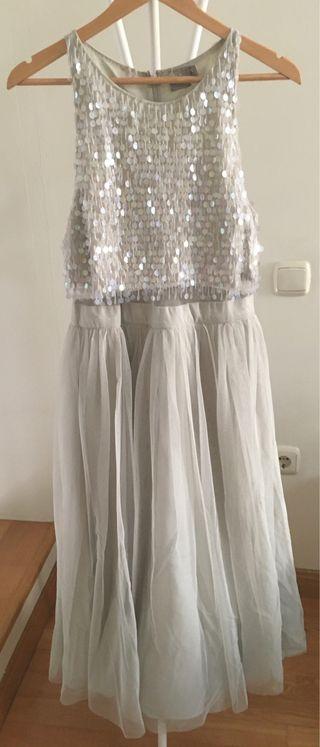 Precioso vestido de fiesta o boda