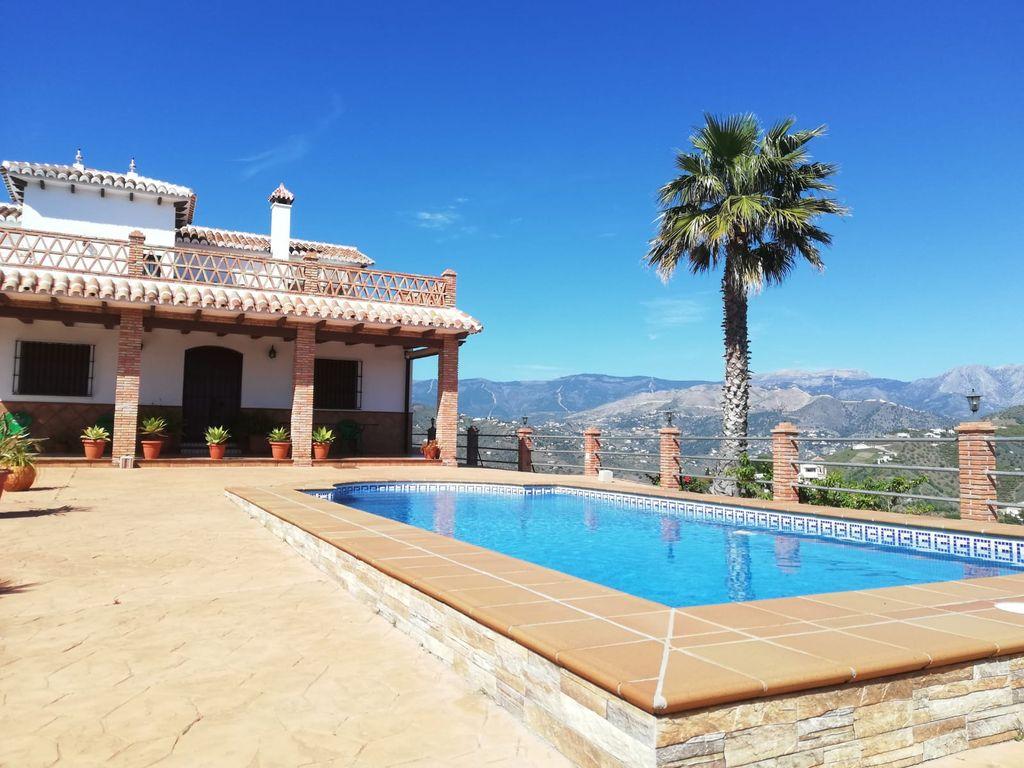 Casa rural en Torrox ref: 142 (Torrox, Málaga)