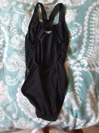 Bañador natación Speedo talla 10 NUEVO