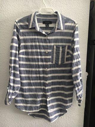 Camisa rayas azul y blanca