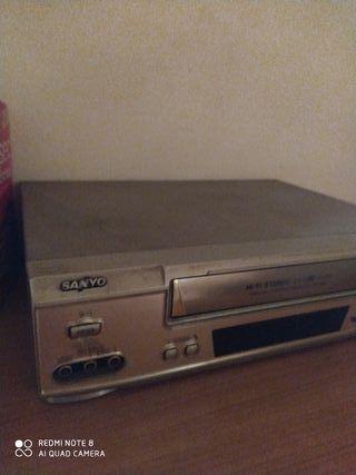 LOTE DE CINE reproductor video VHS + peliculas