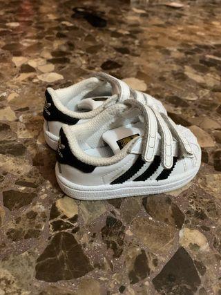 Zapatillas Adidas súperstar bebe