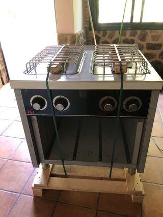 cocina industrial 4 fuegos con soporte