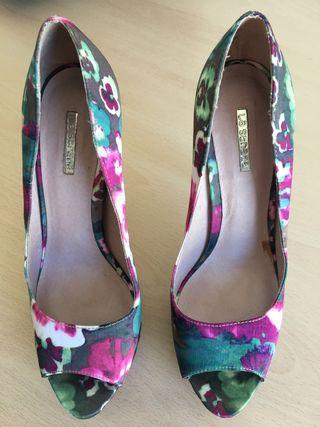 Zapatos tacón peep toe La Strada