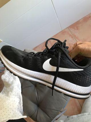 Nike vomero 12 número 42,5