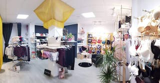 Traspaso tienda de ropa y lencería en Yecla