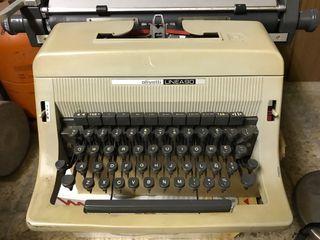 Màquina de escribir antigua