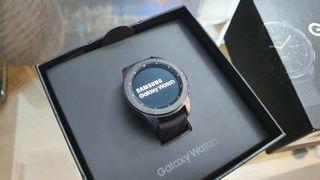 A ESTRENAR Samsung Galaxy Watch 42mm