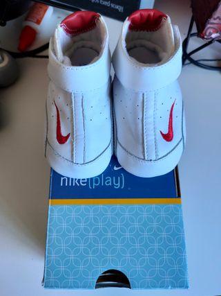 Zapatillas bebé Nike 19.5